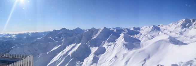 Widok ze szczytu Pezid 2770 m n.p.m.